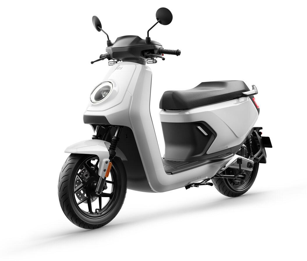 NIU MQi GT elektriskais motorolleris / PELĒKS
