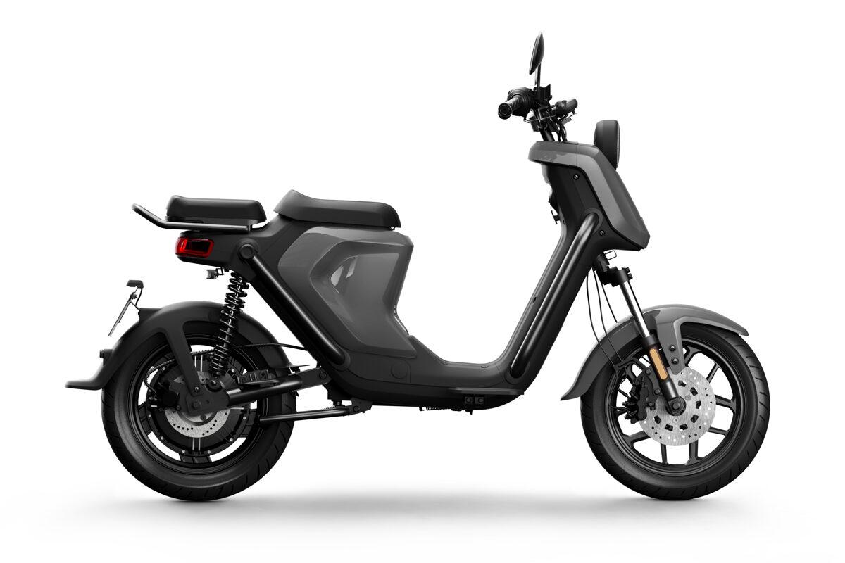 NIU UQi GT elektriskais motorollers / PELĒKS