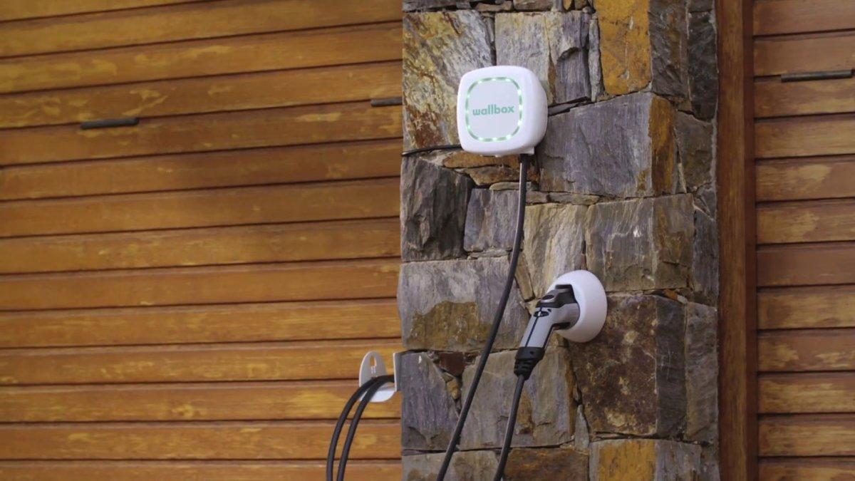 Wallbox Pulsar elektromobīļu uzlādes ierīce, Type 2, līdz 22 kW