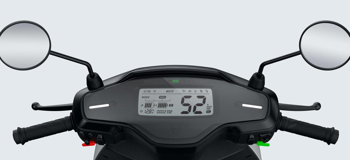 NIU MQi GT elektriskais motorolleris / BALTS
