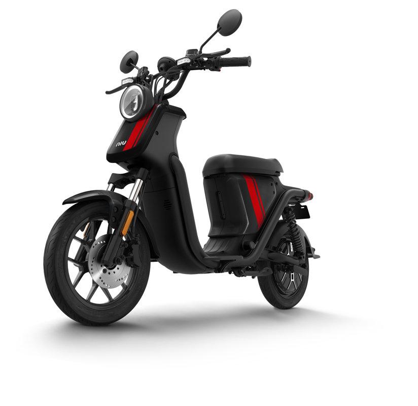 NIU UQi Pro elektriskais motorolleris, melns ar sarkanām svītrām