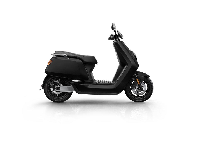 NIU NQi Sport elektriskais motorolleris, matēti melns